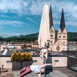 Yoga über den Dächern von Olten